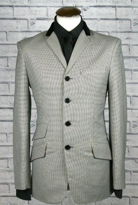"""Dave Clarke 5"" Dogtooth 4 Button Suit With Velvet Collar"